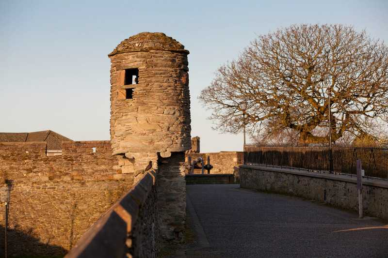 14165_Derry_Londonderry_Walls_